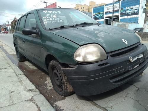 Renault Clio 1.0 16v 2001 (sucata Para Retirada De Peças)