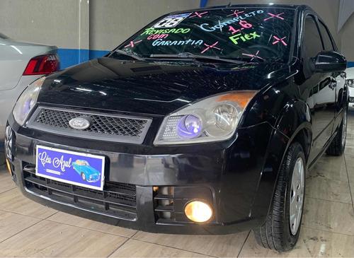 Imagem 1 de 10 de Ford Fiesta Sedan 1.6 First Flex 4p 2008