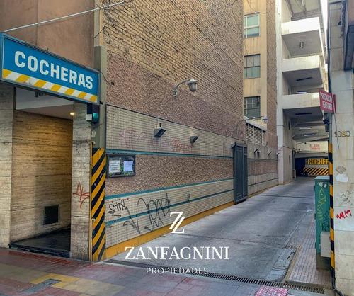Se Vende Cochera En Ciudad De Mendoza. Excelente Ubicación -