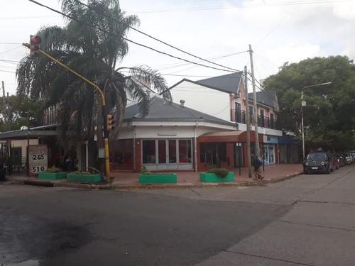 Esquina Comercial Ideal Para Inversiones