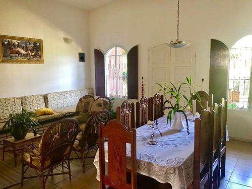 Imagem 1 de 17 de Casa 1280 M² 3 Dorms 2 Banheiros 7 Vagas Churrasqueira 2 Salas - V5431