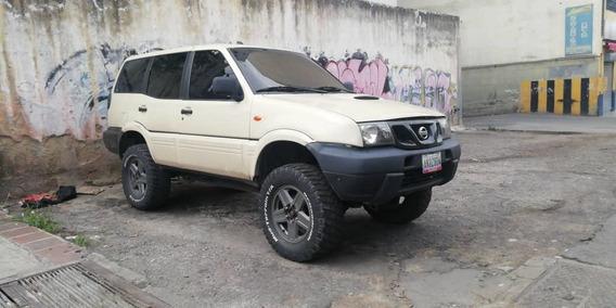 Nissan Terrano 4 Puertas