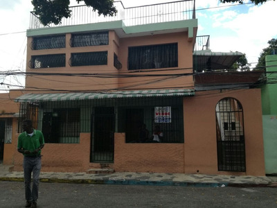 Logros Autos Inmobiliario Vende Casa Villa Duarte