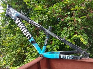 Quadro Vikingx Tuff 25