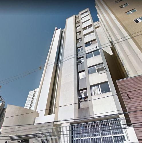 Imagem 1 de 7 de Loja À Venda, Por R$ 190.000 - Centro - Curitiba/pr - Lo0051