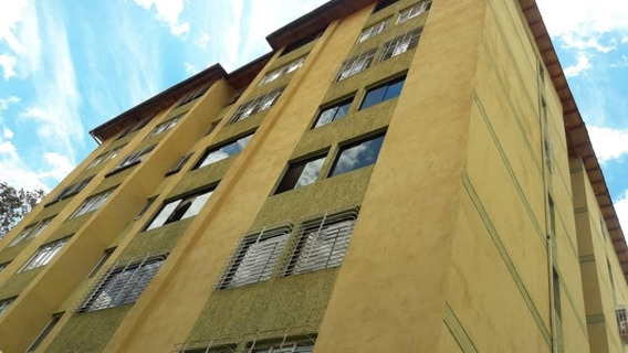Apartamento En Venta Mls #20-5685 Mirna Rodriguez