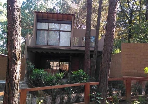 Residencia En Venta En Avandaro, Valle De Bravo