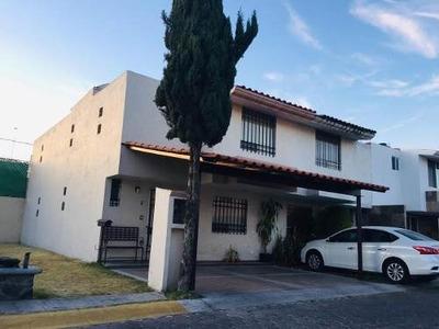 Casa En Venta En Fracc. Fed. Atlixco Y Blvd Del Niño Poblano