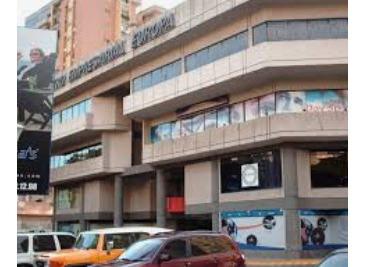 Local En Alquiler Las Delicias 0412-8887550
