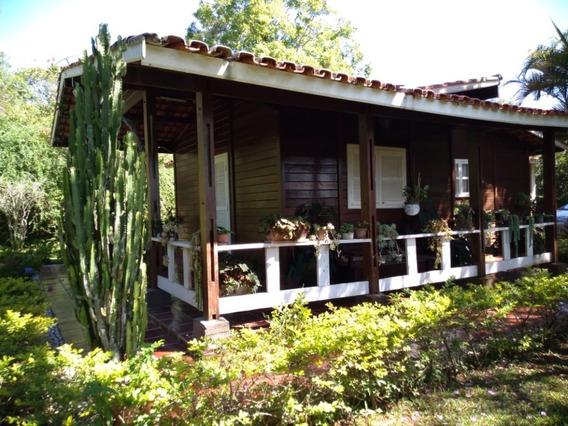 Chácara 1.900 M² Em Condomínio Fechado-cód.c432