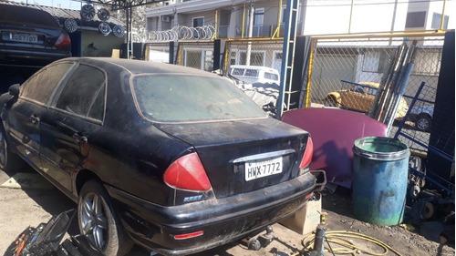 Imagem 1 de 3 de Fiat Marea 2002 2.4 Hlx 4p