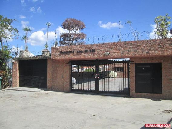 Townhouses En Venta Macarena Norte