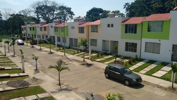 San Antonio Residencial, Casas De 2 Niveles, 3 Recámaras.