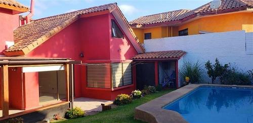 Casa En Venta De 4 Dorm. En La Serena