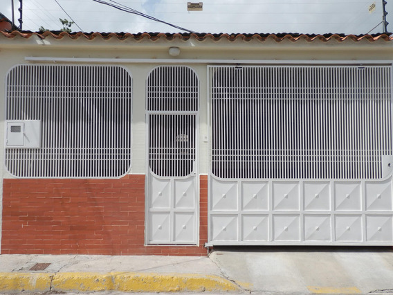 Casa En Venta Zona Oeste Barquisimeto Lara 20-21292