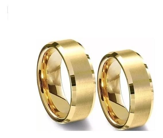 Par Aliança Anel Casamento Aço Inox Chanfrada Banhada Ouro