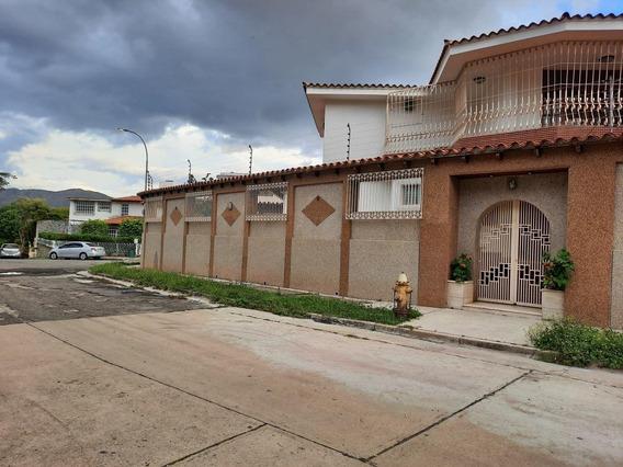 Casa En Venta En Caracas Urbanización Vista Alegre Rent A House Tubieninmuebles Mls 20-21649