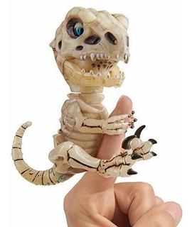 Wowwee Fingerlings Untamed Bonehead Skeleton T-rex Gloo
