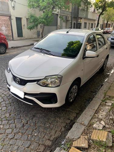 Toyota Etios 1.5 Sedan X 2019