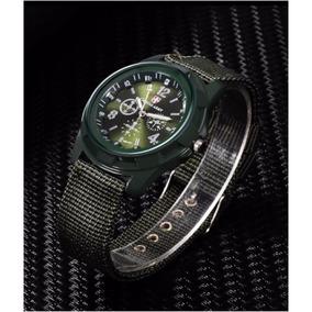 Reloj Verde Obscuro