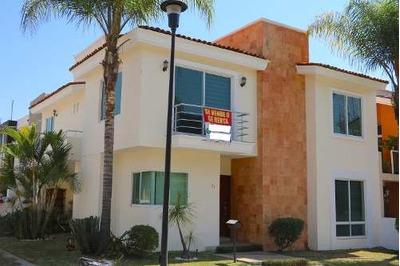 Amplia Casa En Del Pilar Residencial