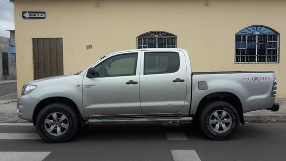 Toyota Hilux 2011 / 195.000 Km