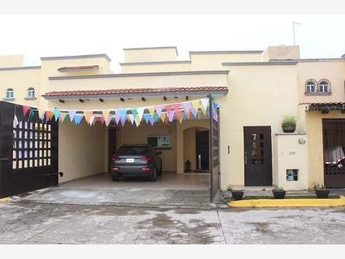 Casa Sola En Venta Residencial Puerta Real