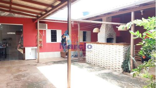 Casa Para Venda Em Ra Xiv São Sebastião, Morro Da Cruz, 3 Dormitórios, 1 Banheiro, 3 Vagas - M0292_1-1437563