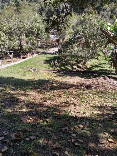 Pequena Chacará No Jardim São Marcos