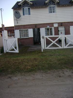 Duplex Al Frente - 6 Pers A 1 Del Mar - Calle 82 N° 168 Uf 3