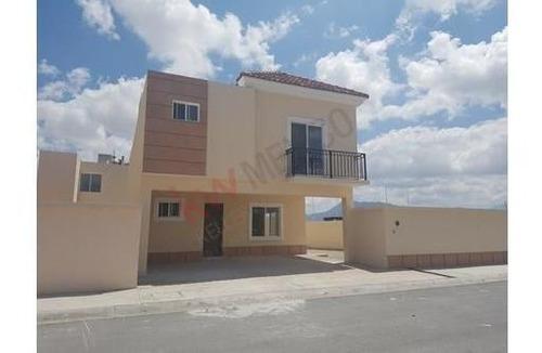 Casa En Venta En Ramos Arizpe