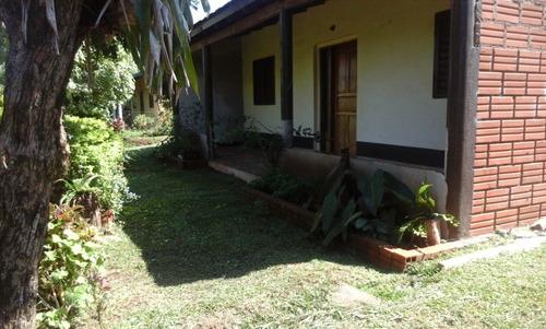 Imagen 1 de 14 de Casa Muy Amplia Con Terreno Grande Exelente Ubicación