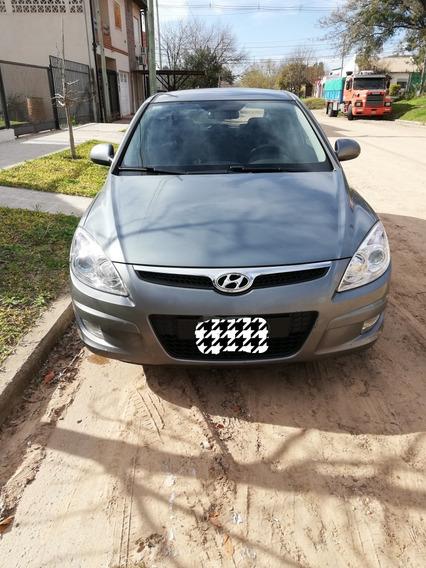 Hyundai I30 1.6 Gls Seguridad L Mt 2010