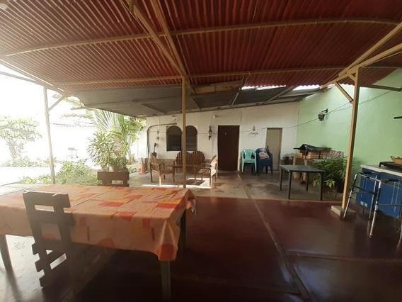 Casa Comercial En Venta En Cabudare, Al 20-9904
