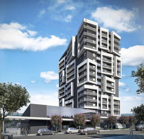 Apartamento - Sao Pelegrino - Ref: 6596 - V-6596