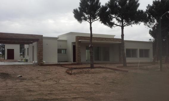 Casa A Estrenar En La Herradura
