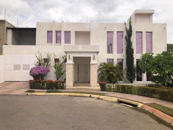 Casa En Nueva Bna Colonia Del Río Av Centurion