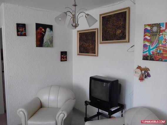 Apartamentos En Venta/resd. Araguaney/auristela 04243174616