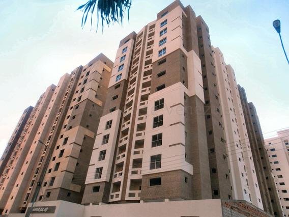 Apartamento En Venta Base Aragua 20-8474 Jab