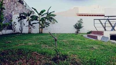 Venta Casa Preciosa En Vista Real 2 Plantas 3 Recámaras Roof Garden