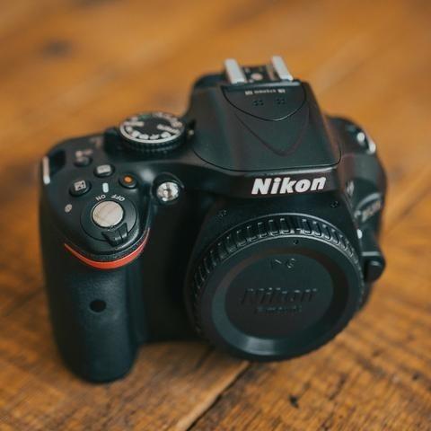 Corpo Nikon D5200+cartão De Memória 32gb