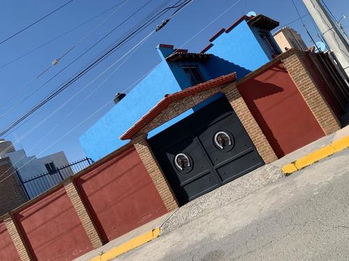 Imagen 1 de 14 de Hermosa Casa En Fraccionamiento Privadas Del Sol