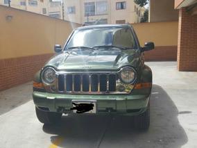 Jeep Cherokee Liberty 4x4 Automática