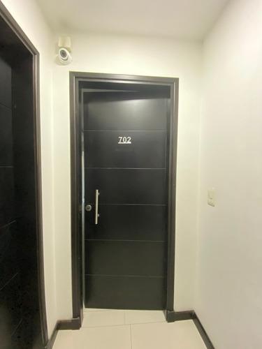 Apartamento En Cordón Ideal Oficina