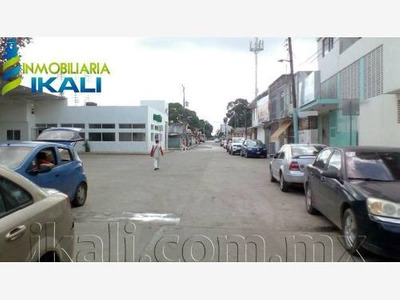 Local Comercial En Venta La Rivera