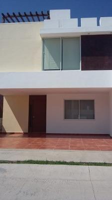 Casa En Venta, En Colina Capulines, San Luis Potosí