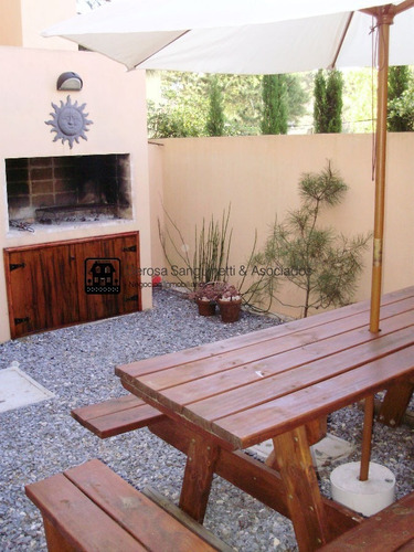 Casa En La Barra, 3 Dormitorios *- Ref: 1683