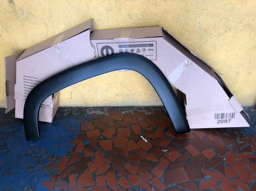 Imagem 1 de 6 de Aplique Para Lama Fiat Strada 2020 Novo Original Le