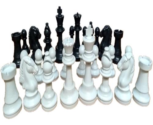 Imagem 1 de 10 de Jogo De Peças Xadrez - Rei 6,7 - Intelectus Suzano