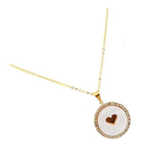 Gargantilha Medalha Esmaltada Cristais Coração Banhado Ouro